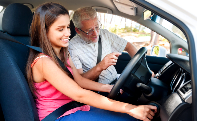 A Guide to Pass Theory and Hazard Perception Driving Test Successfully