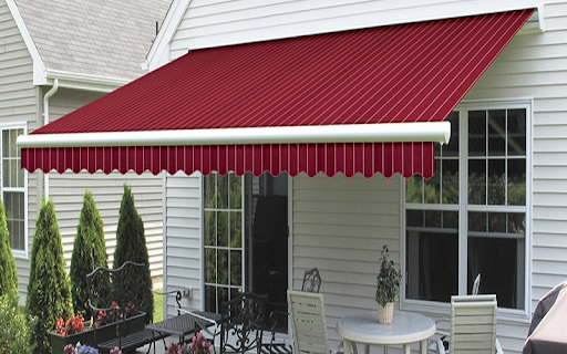 Protect Your Home or Business from Harsh Sunlight by Choosing the Right Type of Awnings